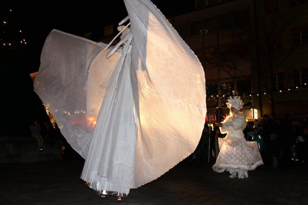 Wintermärchen-Stelzen- Boden Performance