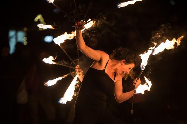 Eventagentur Firesmile: Feuershow, Feuertanz und Walkacts aus Kemnath, nicht nur in Bayern, Oberfranken und der Oberpfalz