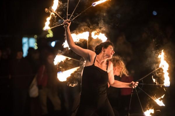 Eventagentur Firesmile: Feuershow / Feuertanznicht nur in Bayern, Oberfranken und der Oberpfalz