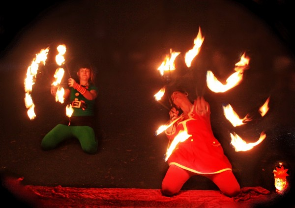 Feuertanztheater / Feuershow der Eventagentur Firemsmile aus Kemnath / Bayern